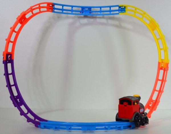 zelfrijdende trein met spoor